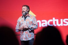 Brett Wilson Speak at 2015 Enactus Event